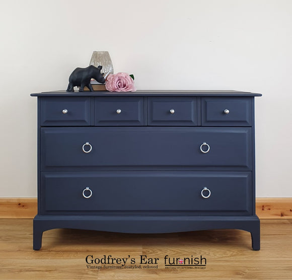 Stag Minstrel chest of drawers in Dixie Belle 'In the Navy'