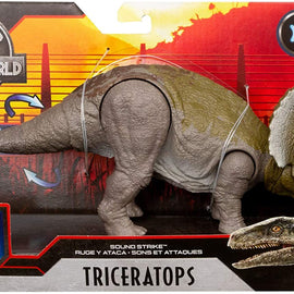 Jurassic World Primal Attack - Sound Strike Triceratops