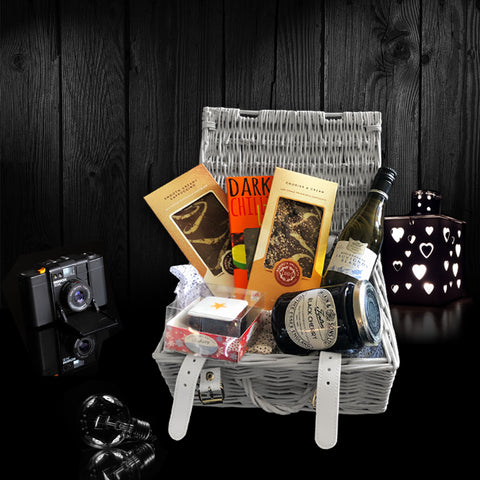 Image of The Valentines Gift Basket.  A Perfect Valentines Gift
