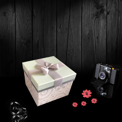 The Green Lid Ribbon Gift Box.  One of our wonderful birthday gifts for friends and family.