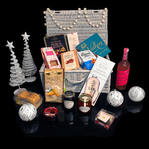 Image of The Valentines Lovers Gift Basket. A perfect Valentines Gift Basket.
