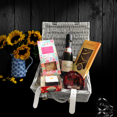 Image of The Valentines Day Gift Basket.  A Perfect Valentines Gift