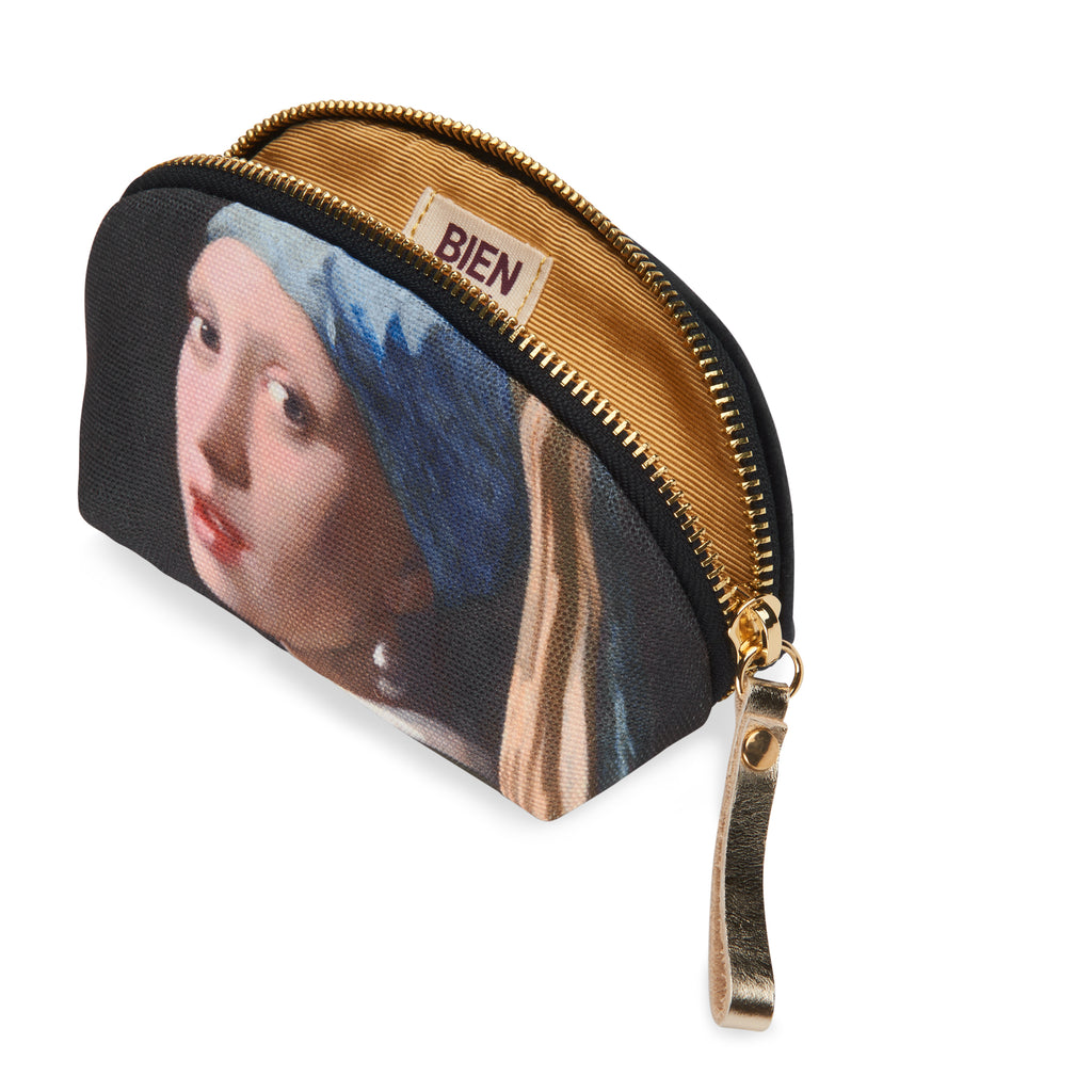 Small nylon-velvet makeup bag - Girl with a Pearl Earring