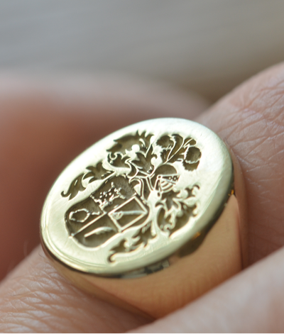 Custom Made Oval Family Crest Ring-Minimalist Designs