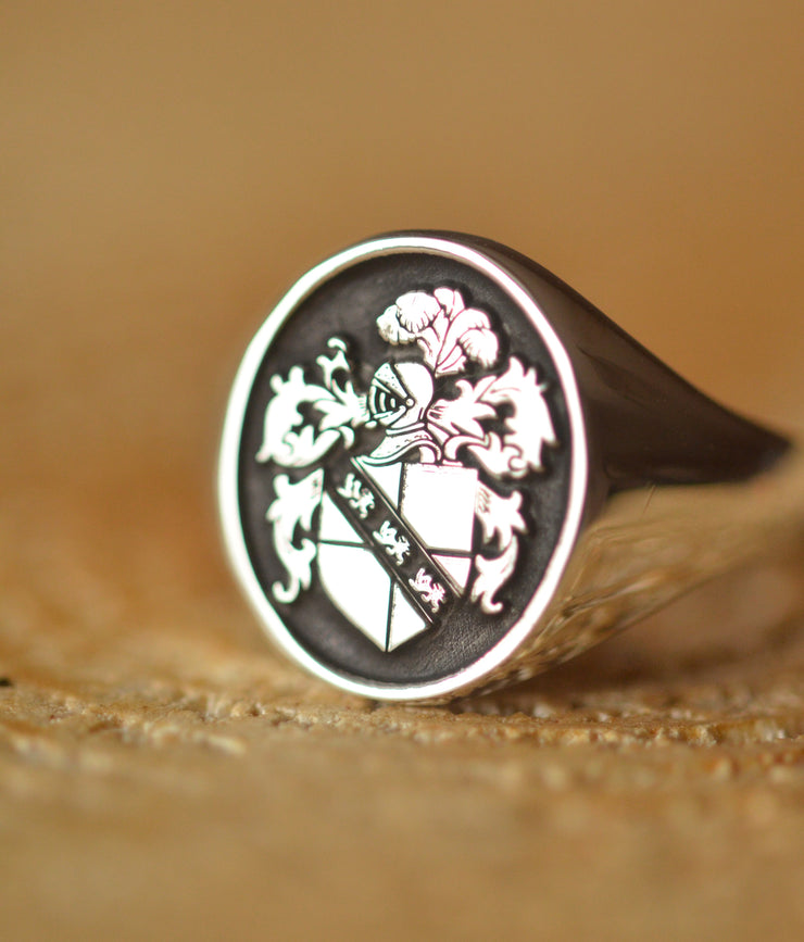 Custom Family Crest Ring - Any Crest-Minimalist Designs