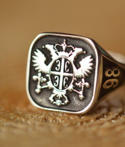 Custom Made Family Crest Ring - Any Crest - Cushion Signet Ring-Minimalist Designs
