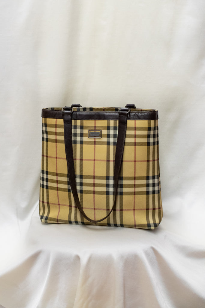 Burberry Tote Bag - So Fancy