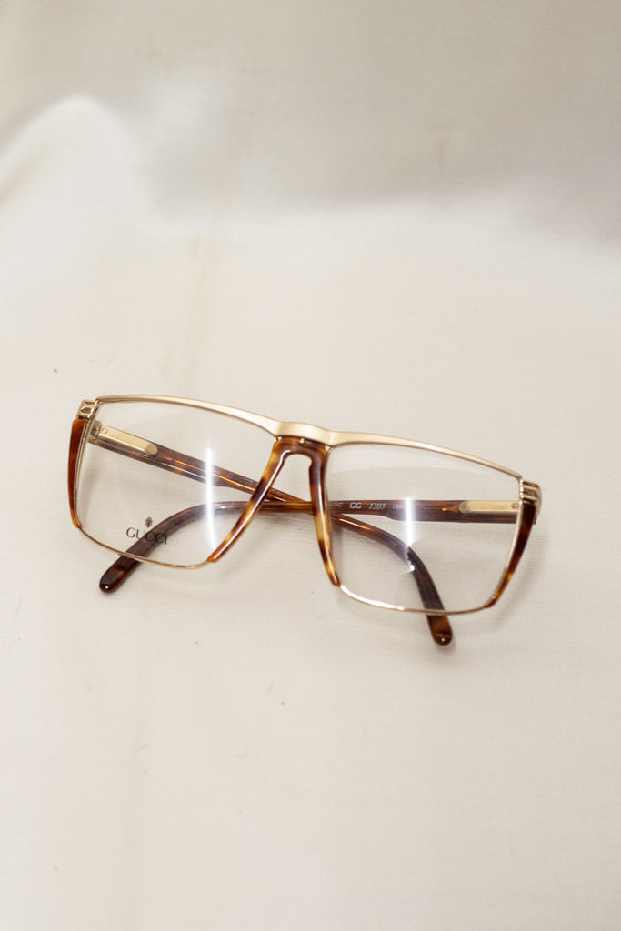 Vintage Golden Frame Gucci Glasses in Brown - from the 80's