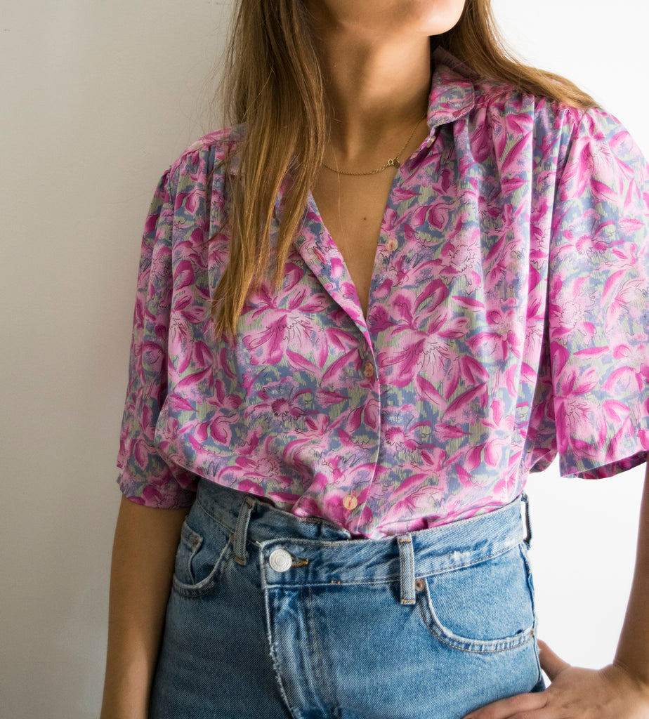 80s Vintage Short Sleeve Shirt with Pink Flowers