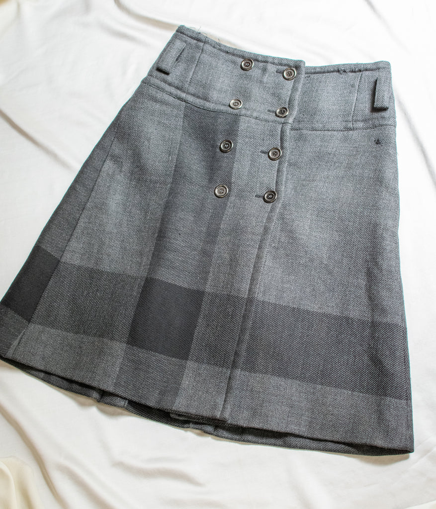 100% Wool Grey Burberry Skirt