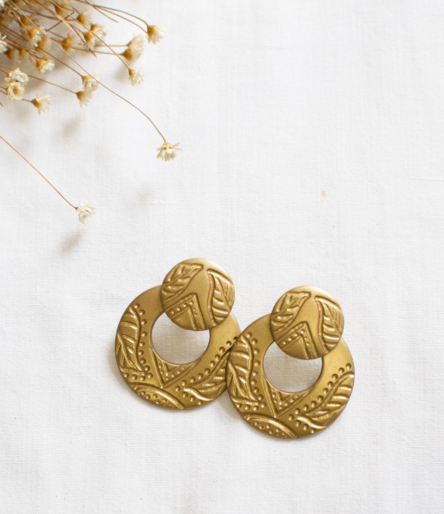 Golden Vintage Earrings With Texture