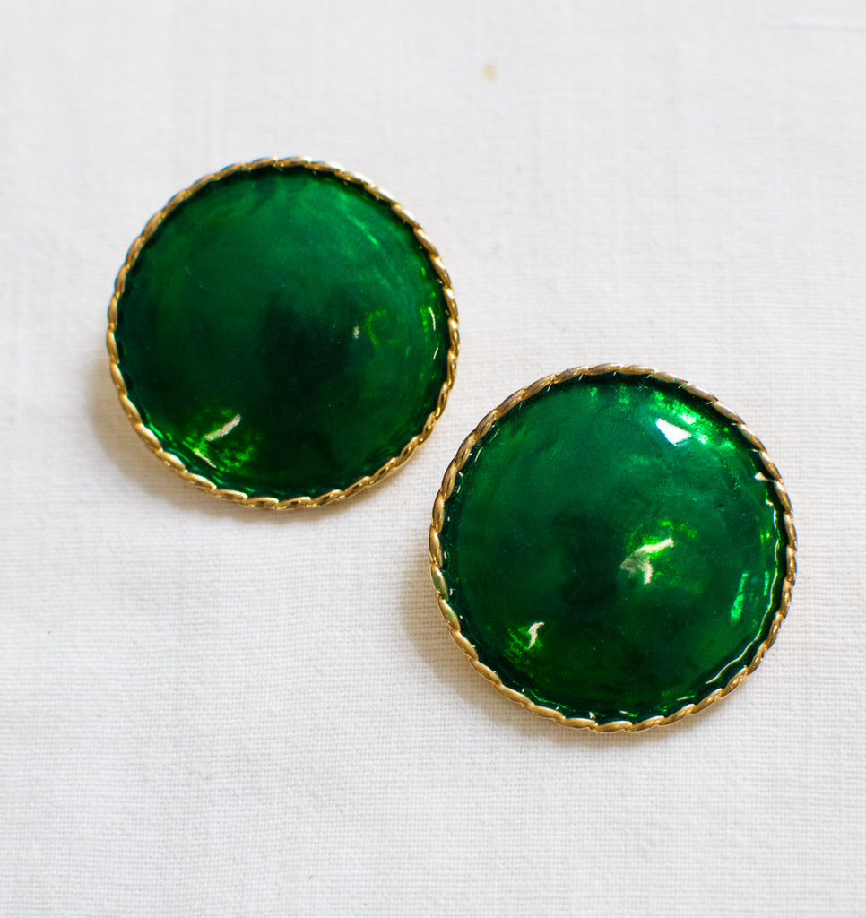 Vintage Round Earrings in Emerald Green