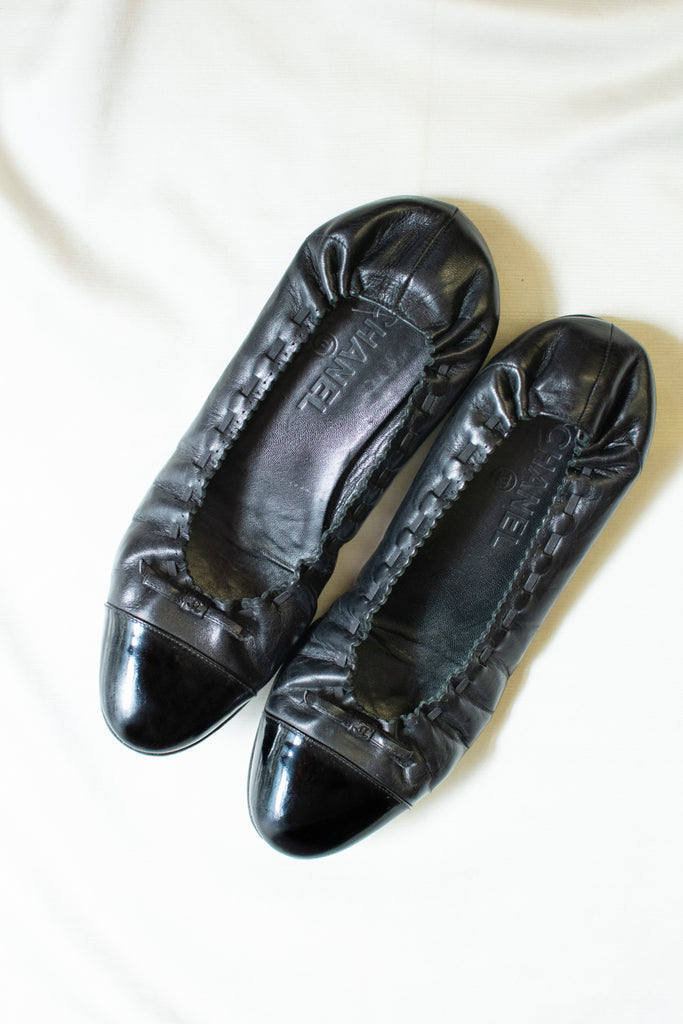 Chanel Leather Ballet Flats - size 39 - very good condition