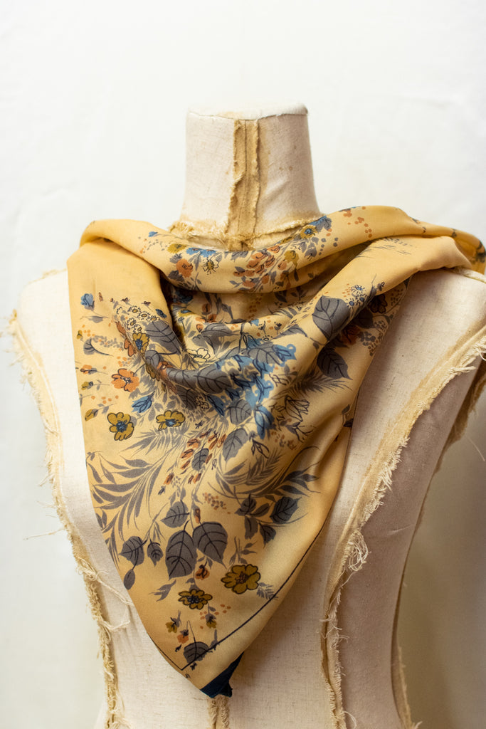 Vintage Blue and Beige Scarf - so pretty