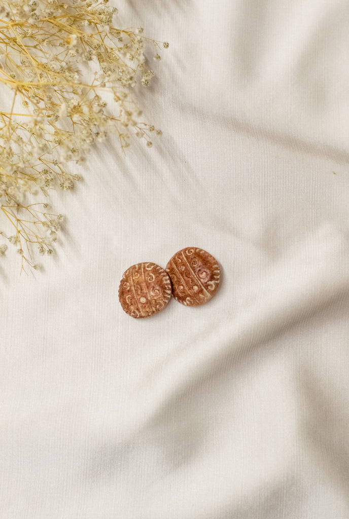 Vintage Earrings in Brown with Details