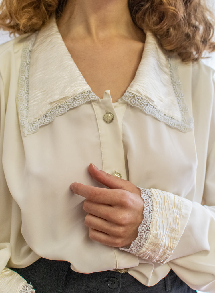 Vintage Pearl Blouse with Embroidered Collar - so rare