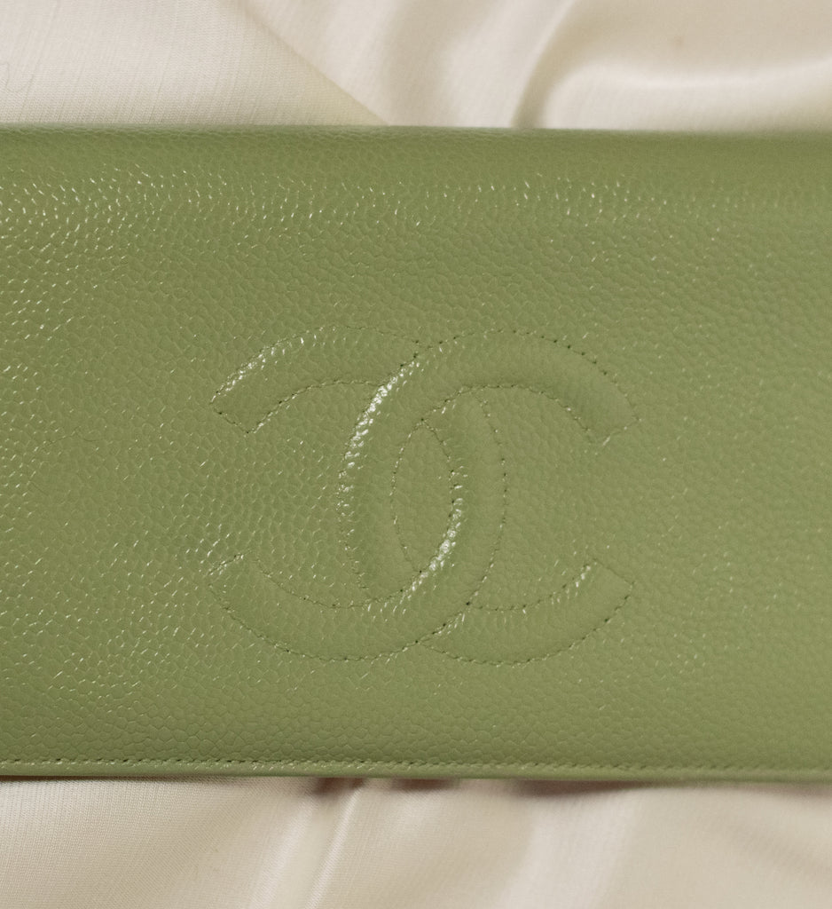 Chanel Caviar Leather Wallet!