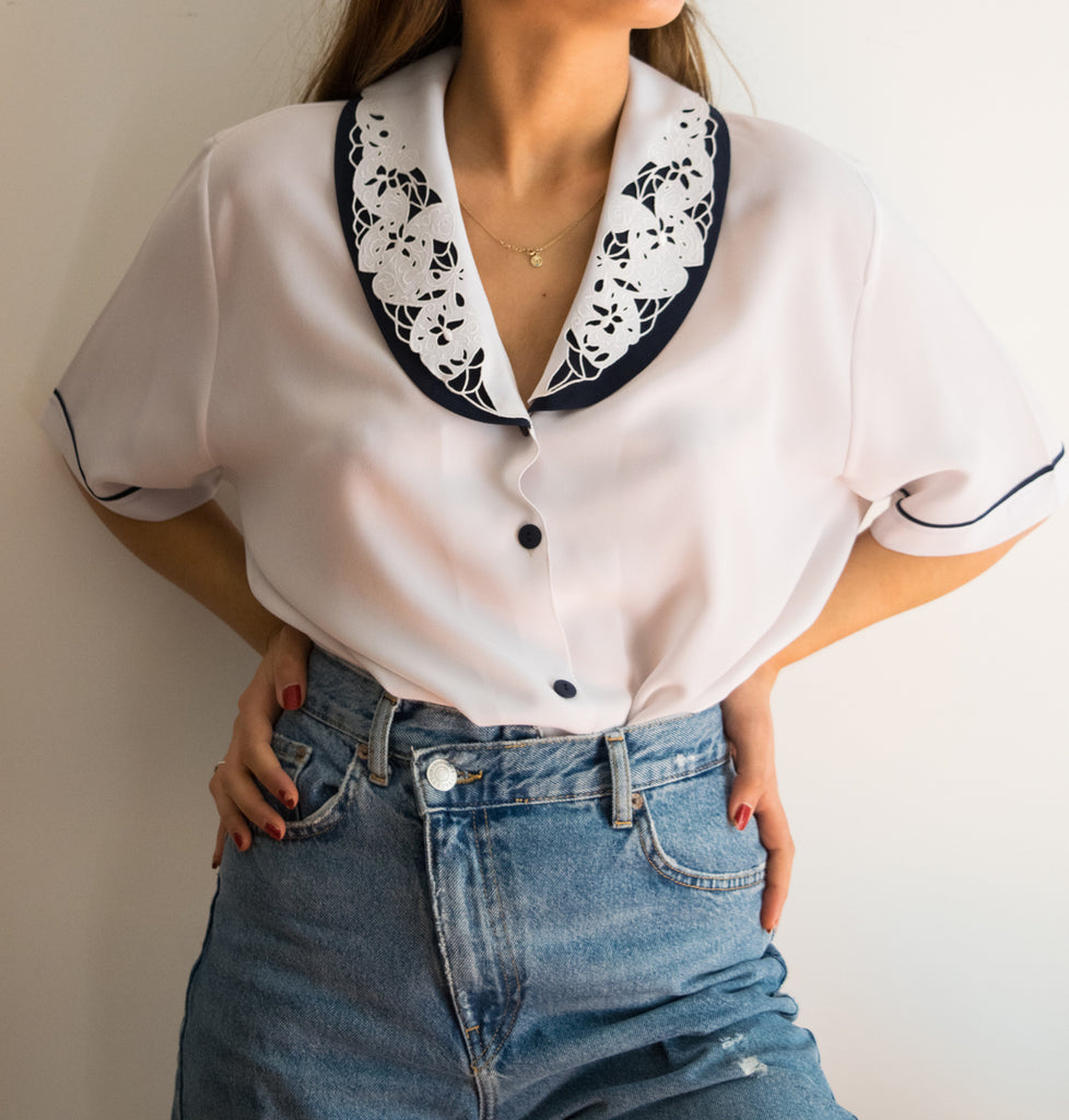 60s Vintage Short Sleeved Shirt with Embroidered Collar