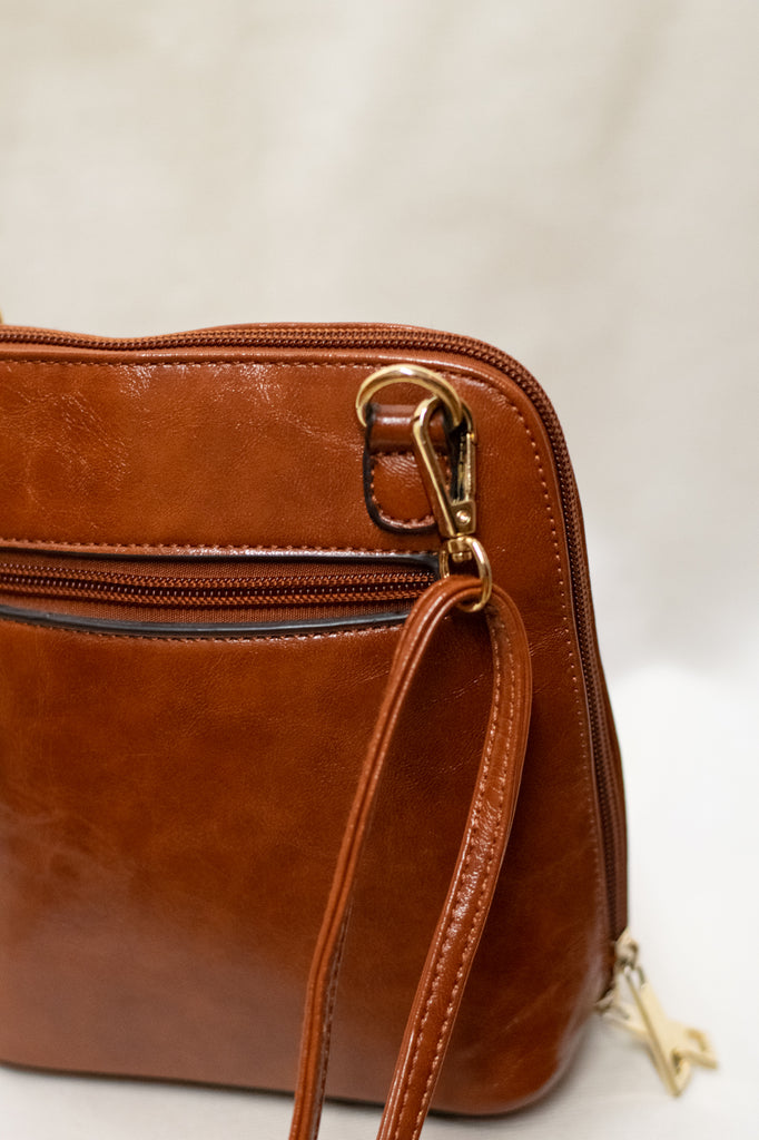 Brown Vintage 100% Leather Purse - so cute!