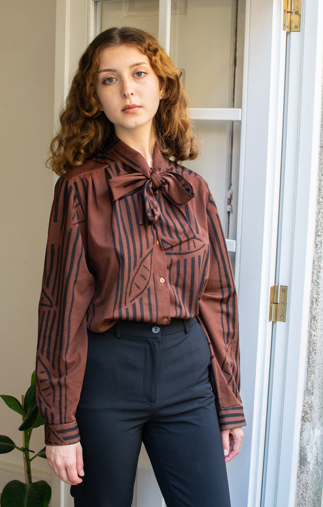Vintage Knitted Shirt with Lace - In Brown and Black