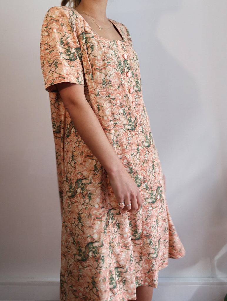 Vintage Floral Dress with Buttons