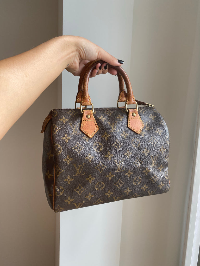 Louis Vuitton - Monogram Speedy 25 - classic model