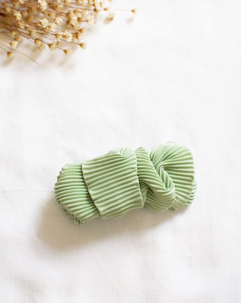 Candy Vintage Hairclip In Green