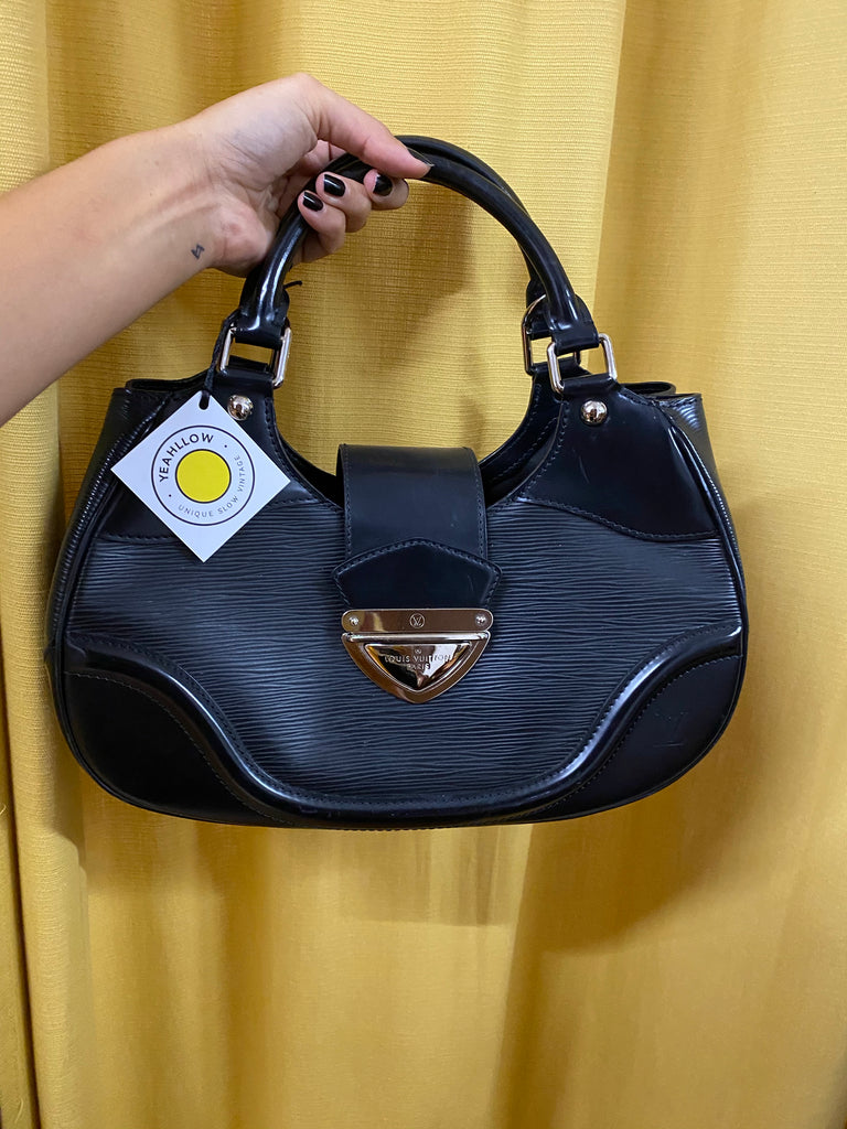 Louis Vuitton Hand Bag in Black Leather