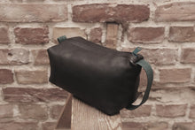 Load image into Gallery viewer, Jay P. Collection –  Wash Bag