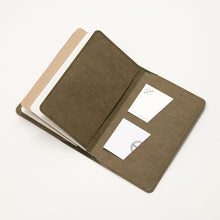 Load image into Gallery viewer, Leather Notebook Cover Olive Green + 2-pack of the original Berlin Notebook gift set