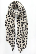 Load image into Gallery viewer, Cream Leopard Blanket Scarf