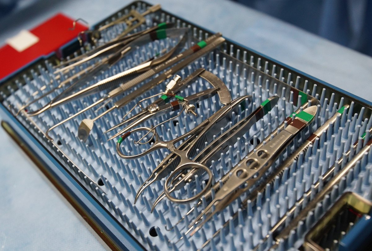 Surgical Instrument Set