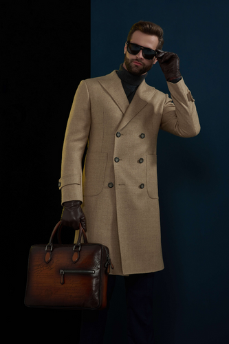 TAN DOUBLE BREASTED OVERCOAT