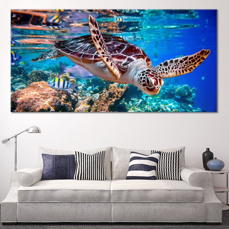 Sea Turtle swimming Canvas Wall Art