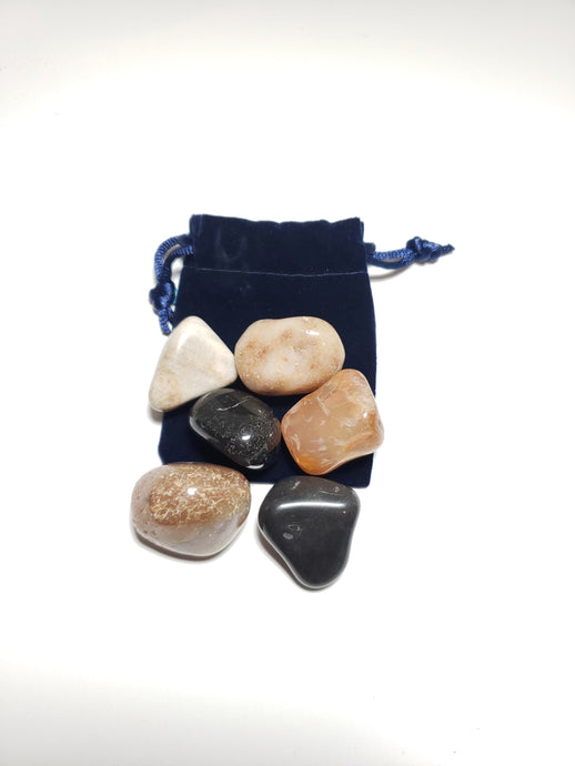 Small Assorted Pebble Patch Pouch