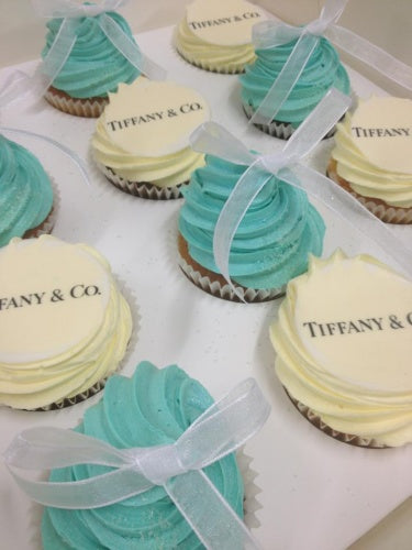 12 Regular Tiffany & Co Cupcakes