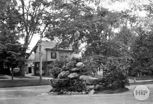 """The Minute Man"" Monument in Lexington, Massachusetts 1909"