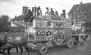 Barnum & Bailey America Tableau Circus Wagon in Parade