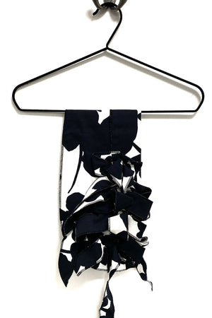 Anwen - Black Flower Button & Go Scarf