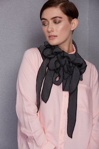 Josie - Black/ White Collar Scarf