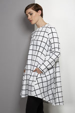 Unusual grid black/white dress tunic