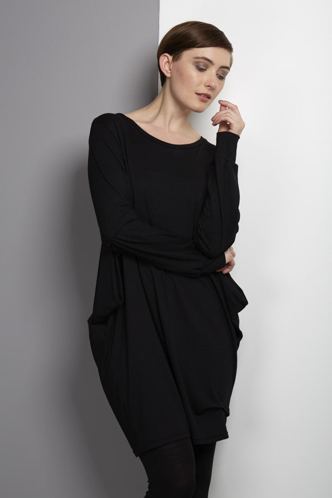 loose fitting rew jersey black dress