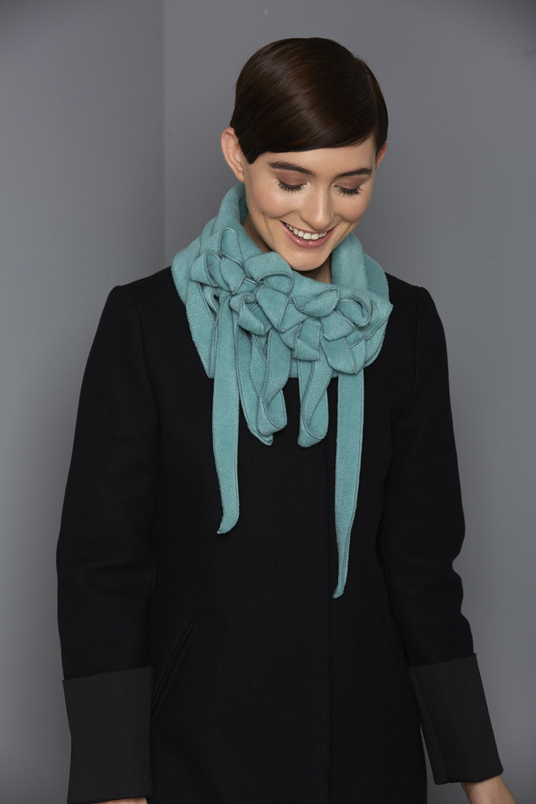 winter button and go scarf pale green