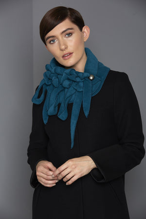 REW clothing winter fleece scarf
