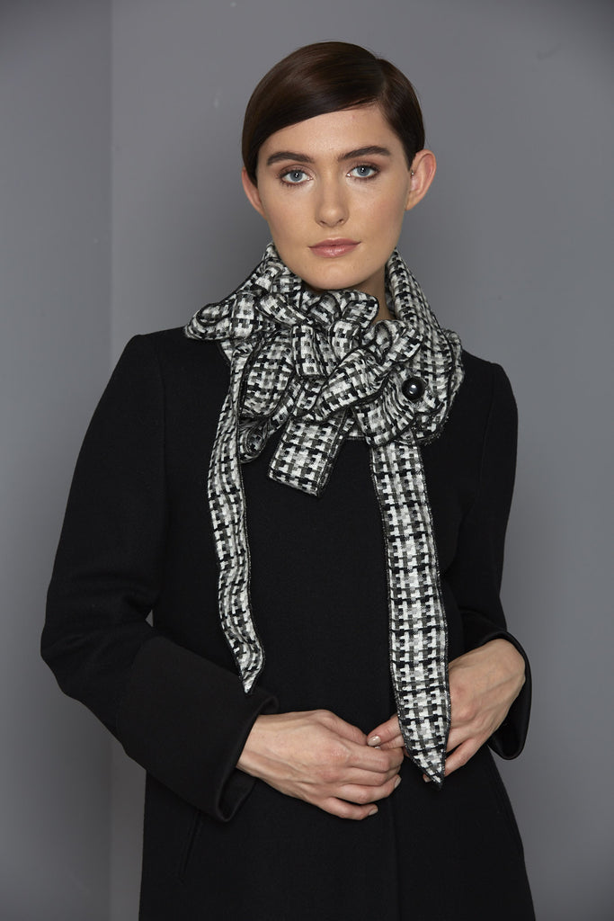 tonal black and white scarf winter 2016