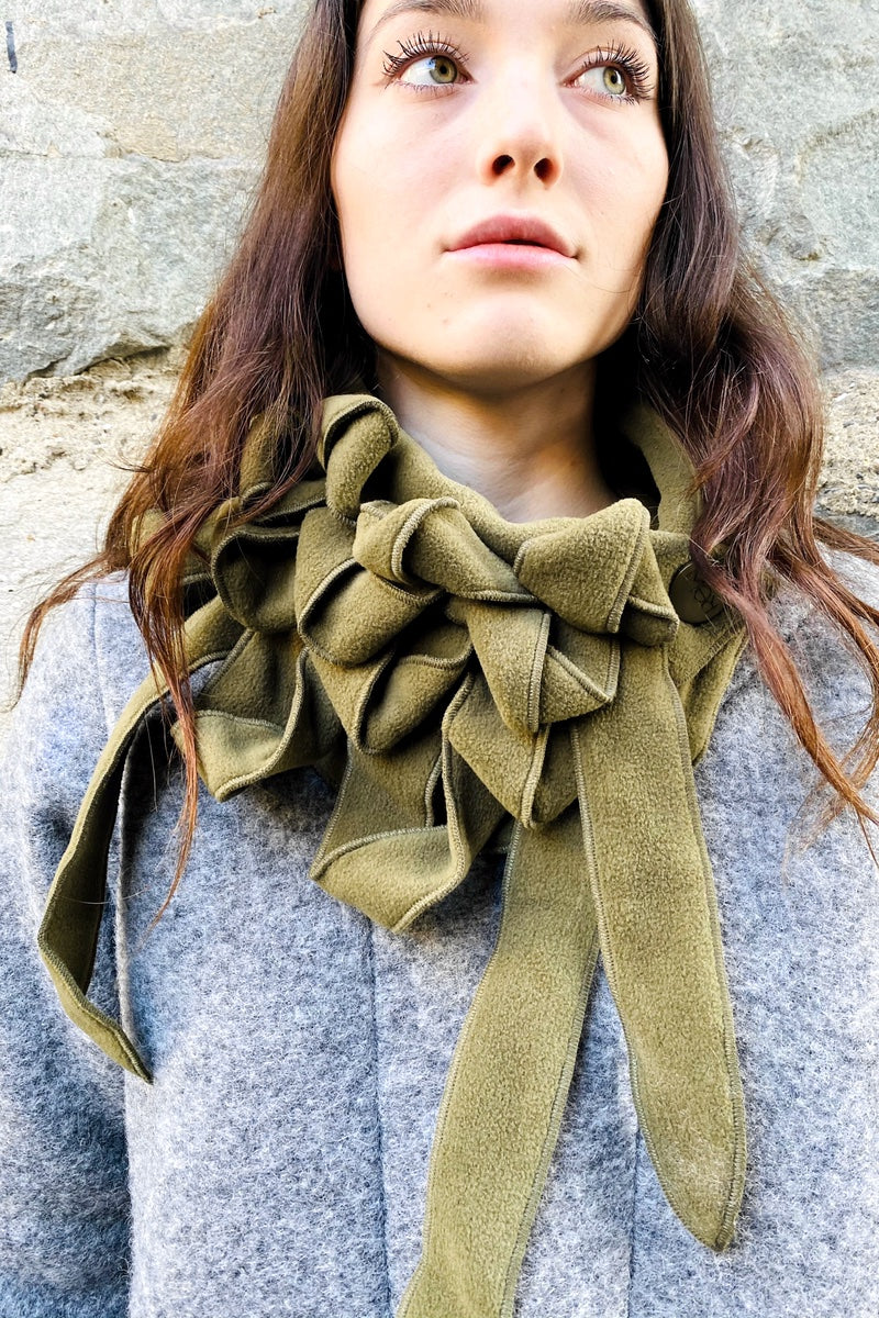 STYLISH WINTER SCARVES FOR WOMEN
