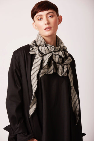 Dilly - Grey wool mix striped scarf
