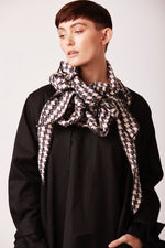 stylish trendy scarves online