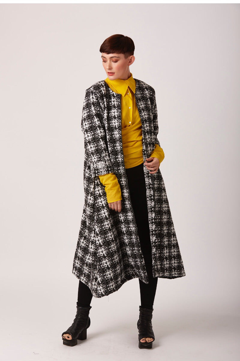 mono square duster coat