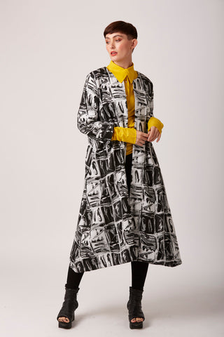 Bravo - Bold Monochrome Duster Coat